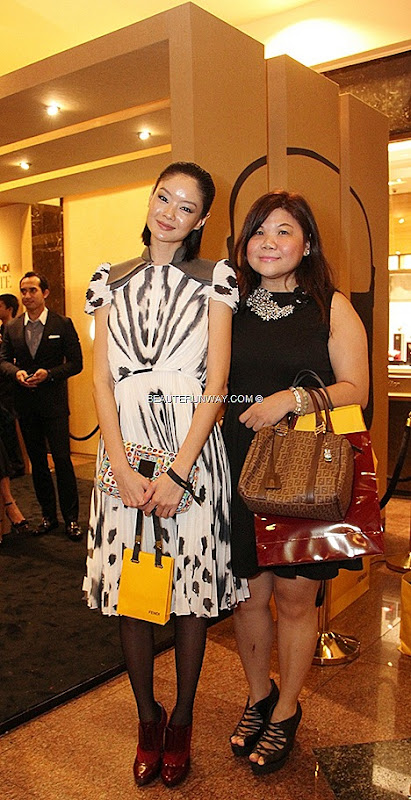 FENDI BAGUETTE Specchietti BAGS LIMITED RE-EDITION SHEILA SIM BEAUTE RUNWAY FENDI FOREVER ZUCCHINO BOSTON SPRING SUMMER 2012 FALL WINTER 2013 SINGAPORE NEW FLAGSHIP SOUTH EAST ASIA BOUTIQUE GRAND OPENING NGEE ANN CITY