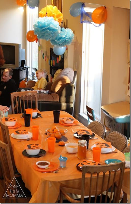 Cute ideas for a pumpkin themed first birthday!