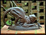 06d - Sculptures - Monkey With Cricket