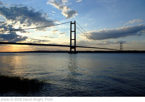 'Humber Bridge' photo (c) 2008, David Wright - license: http://creativecommons.org/licenses/by/2.0/