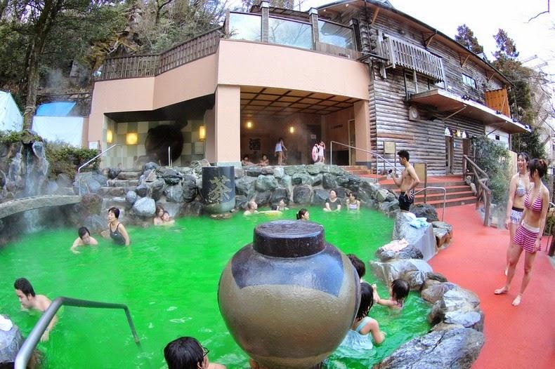 yunessun-spa-resort-9