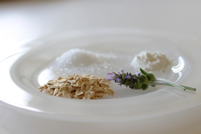 Oatmeal Lavender Bath Soak via homework