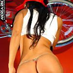 Andrea Rincon, Selena Spice Galeria 56 : Camiseta Blanca, Gorra y Tanga Roja – AndreaRincon.com Foto 29