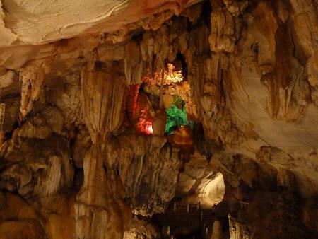 Tam Jang cave Vang Vieng