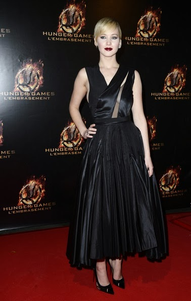Jennifer Lawrence Hunger Games Catching Fire-premiere-paris