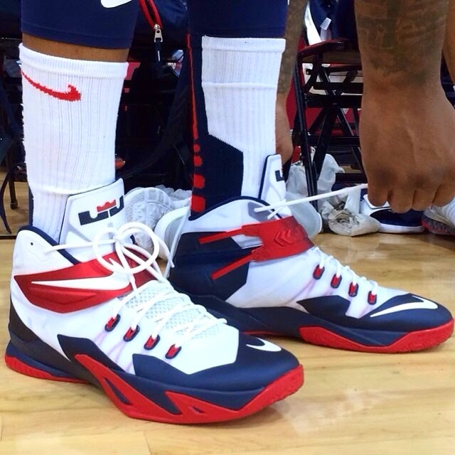 9bd0f053ae91 ... DeMarcus Cousins8217 Nike Zoom Soldier 8 8220USA Basketball8221