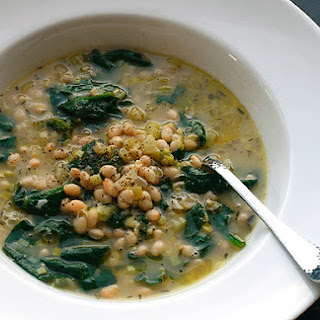 Hearty White Bean and Spinach Soup with Rosemary and Garlic (Vegan).