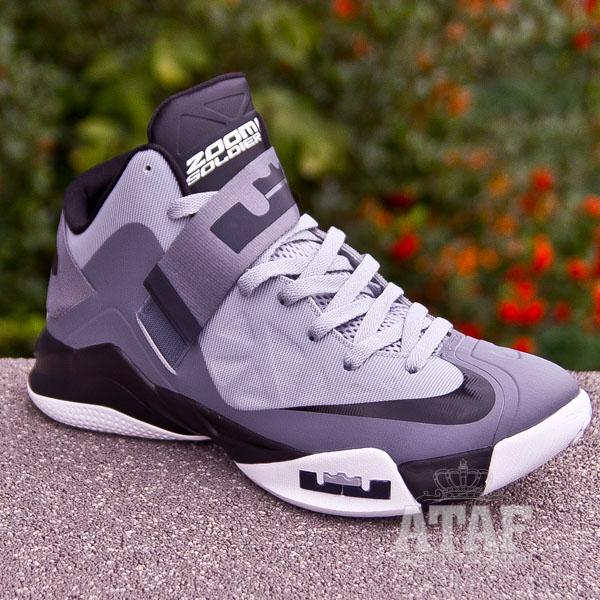 d9b7f19a307e9 Nike Zoom LeBron Soldier 6 VI White Black