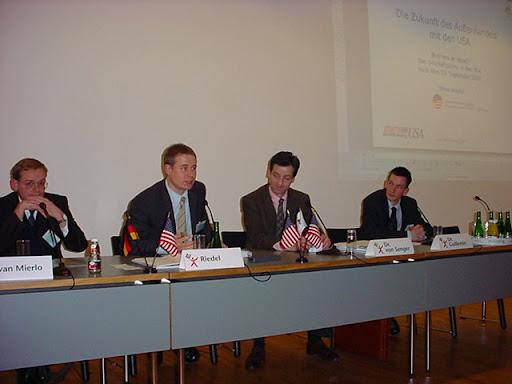 v.l.n.r.: Bernhard von Mierlo (Logermann KG), Steve Riedel (GACC West), Dr. von Senger (ZAB), Dr. Guillemin (LAMON AG)