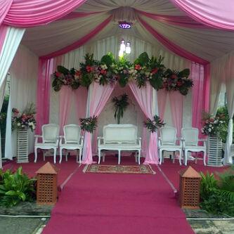 my wedding karawang: dekorasi di rumah + tenda vip