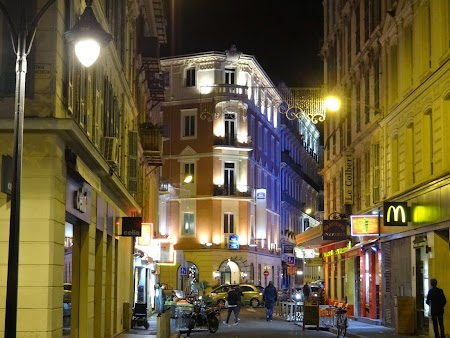 41. Nice by night.JPG