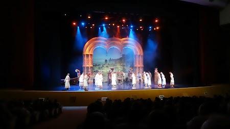 Spectacol Kostroma