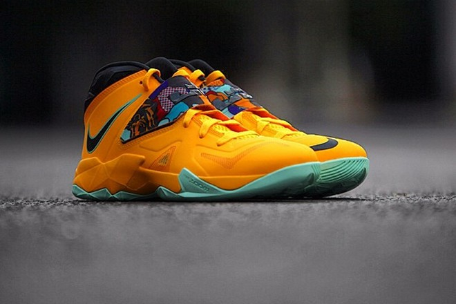 ef4348ad5f0 ... Preview of Nike Zoom LeBron Soldier VII 8220Pop Art8221 ...