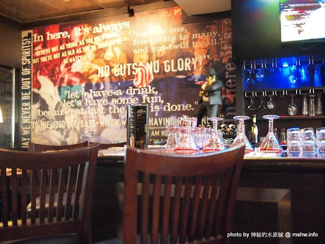 【景點】【食記】Black&White! 痞子英雄拍攝景點巡禮~高雄T.G.I.FRiDAY'S 星期五美式餐廳夢時代店@前鎮捷運MRT凱旋 下午茶 前鎮區 區域 午餐 宵夜 拍片景點 捷運周邊 捷運美食MRT&BRT 排餐 旅行 晚餐 漢堡 美式 西式 輕食 速食 飲食/食記/吃吃喝喝 高雄市