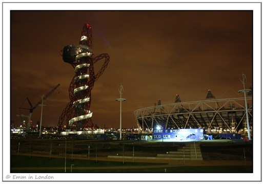 Anish Kapoor's ArcelorMittal Orbit and the athletic stadium
