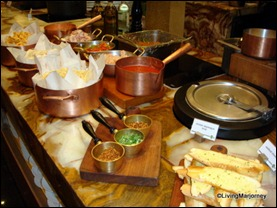 Marriott Café: Bread and Pasta station