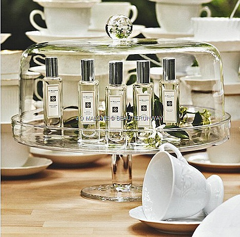 Jo Malone Tea Collection  Earl Grey and Cucumber, Scent 2011 collection Assam and Grapefruit,Fresh Mint Leaf, Sweet Lemon Sweet Milk fragrance blend scent spray perfumer Christine Nagel