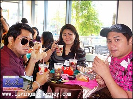 Jollibee Floats| Bloggers The Certified Foodies Mhel and Ken; FJP