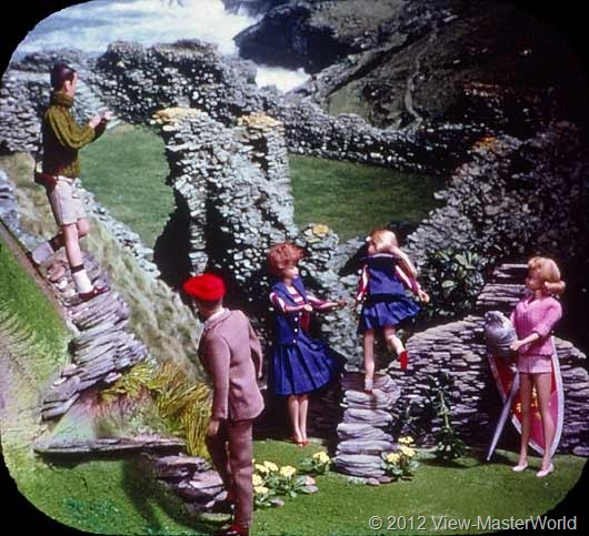 View-Master Barbies Around the World Trip (B500), Scene 5