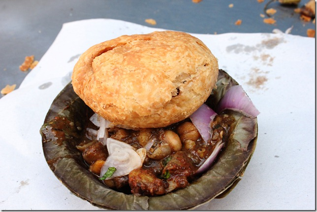 kahsta kachori at Vajpayee