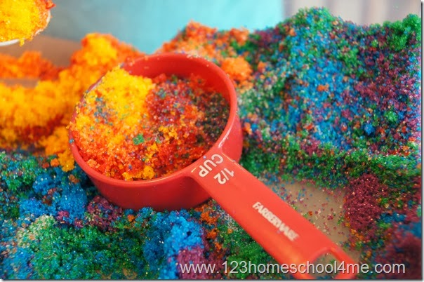 Homemade Sand produces vibrant, bold colors