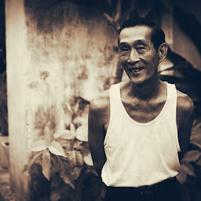 Exactly by Callum Harris - City,  Street & Park  Street Scenes ( person, old, art, street, artistic, vietnam, elderly, man, Urban, City, Lifestyle )