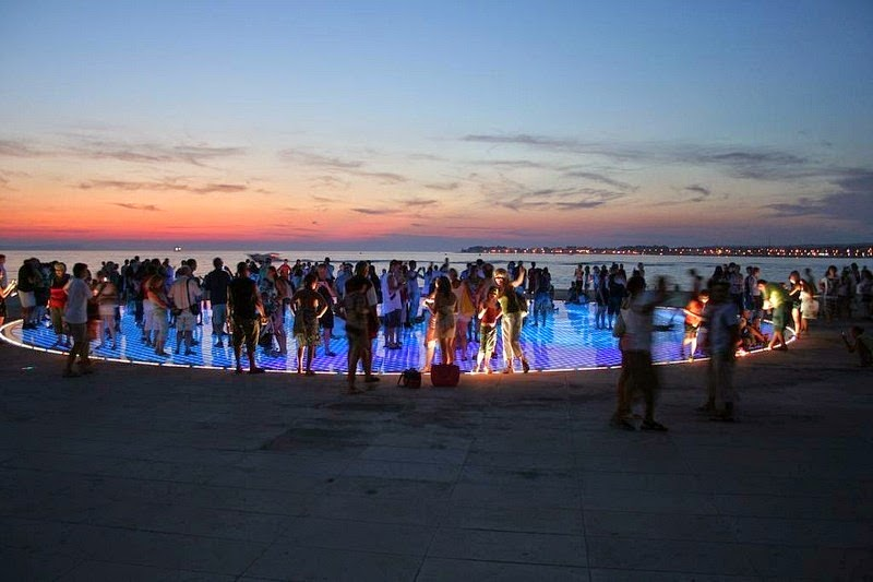 greetings-to-the-sun-zadar-1
