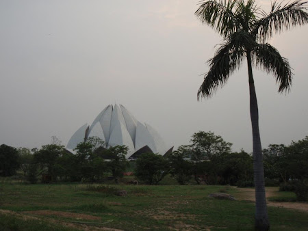Obiective turistice India: Lotus temple Delhi