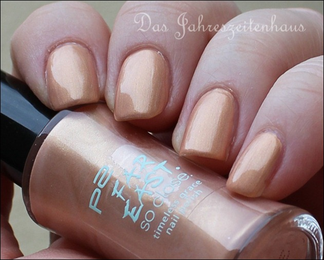 P2 Far east So close LE 010 Golden Amber Nagellack