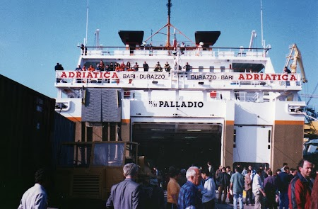 Ferry Italia - Albania