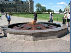 6620 Ottawa - Parliament Buildings -The Centennial Flame