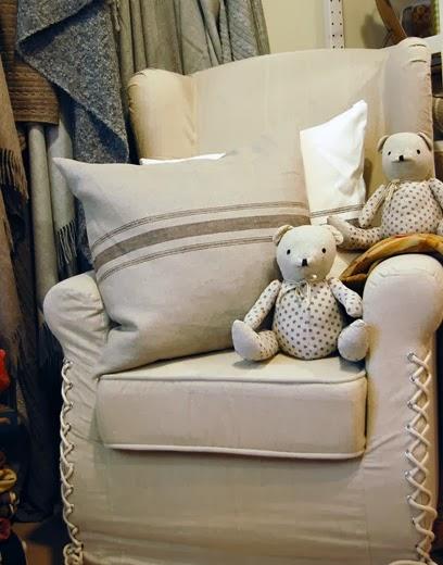 Simona elle horserie l 39 outlet dei tessuti d 39 arredo delle for Rivestire divano