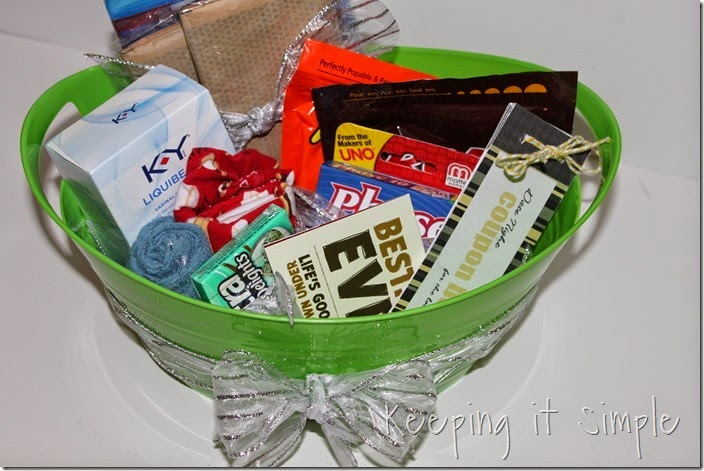 #ad Date-night-basket-with-coupon-book #TheMoodStirkes (15)