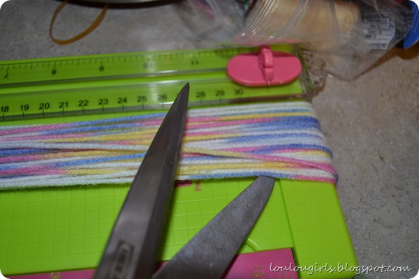 How-To-Make-Horse-Tails (16)