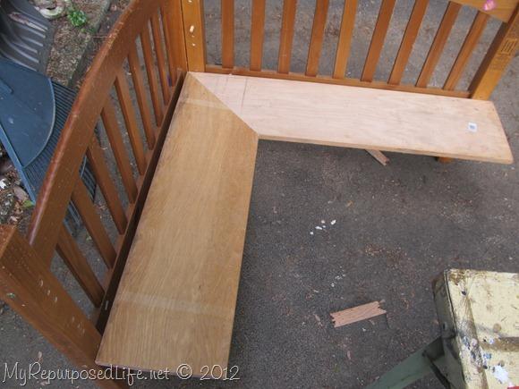 DIY Kids Corner Bench (9)