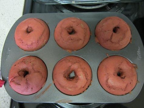 red velvet donut 120