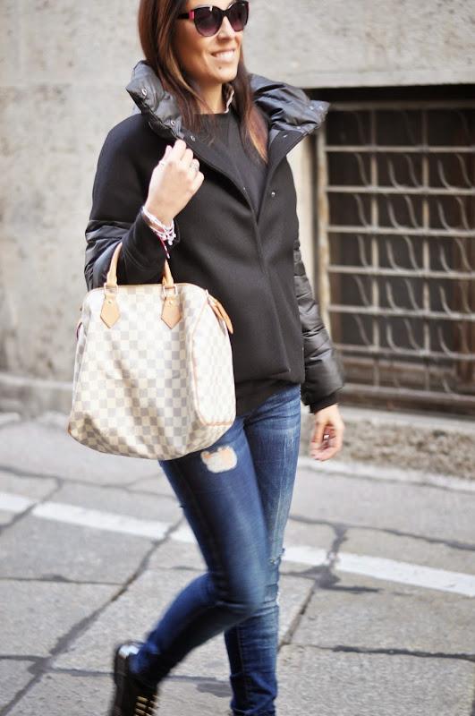 passeggiata-per-le-vie-più-belle-di-milano-outfit-fashion-blogger-italia-valentina-coco
