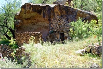 5709 Artenara-Tejeda(Cueva Tio Tomás)