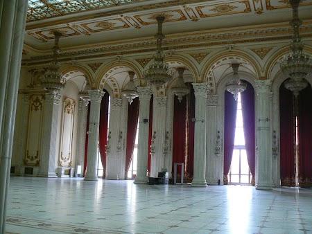 08. Sala din Palatul Parlamentului.JPG