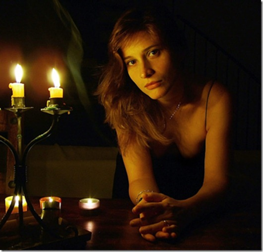 1230115012_candle-light-photography