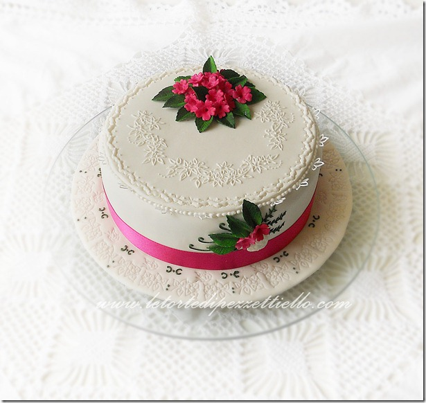 Torta Broderie anglaise