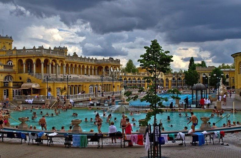 szechenyi-thermal-bath-3