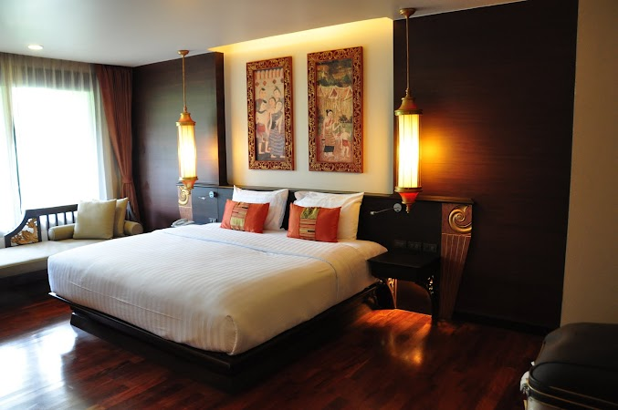 Imagini Thailanda: Camera Deluxe de la Hotel Siripanna Chiang Mai, Thailanda