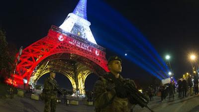 Cảnh sát truy lùng kẻ khủng bố tại Pháp