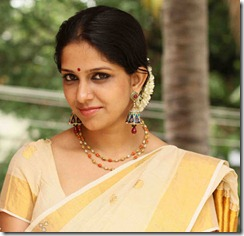 aparna-nair-in-saree
