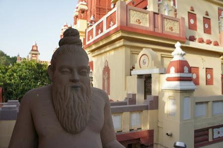 Obiective turistice India: templu hindu Delhi
