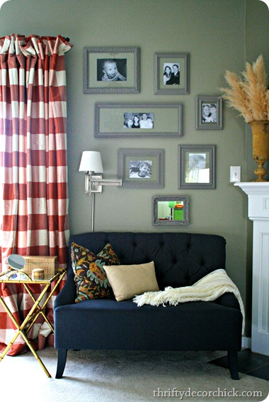 gray gallery wall photos