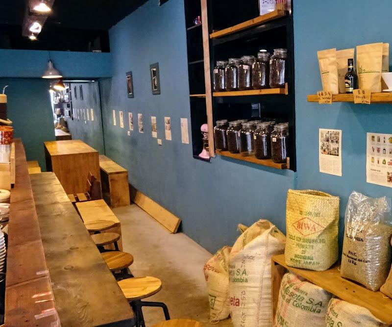 Libo cafe 右手邊座位.JPG