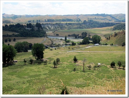 Views across the Rangitikei river.