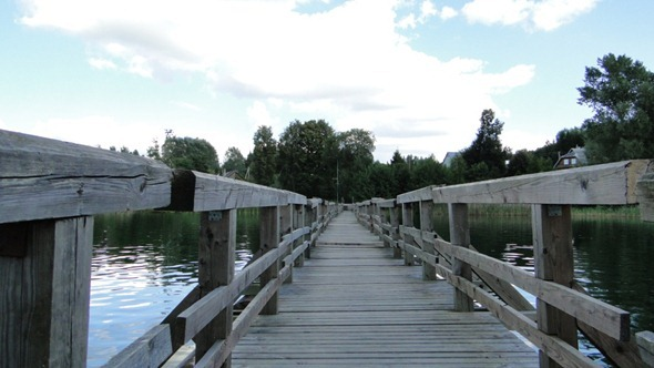 Ponte flutuante em Trakai